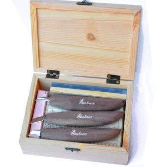 Set de cuţite sculptat